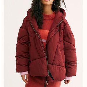 Free people Hailey puffer coat sz small